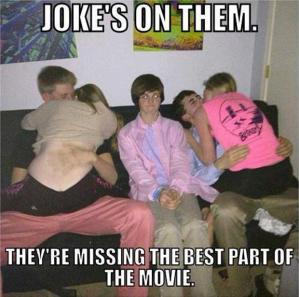 teenagers-making-out-funny-pictures